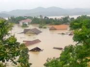 Chẳng còn gì ngoài nước mênh mông - Ảnh lụt ở rốn lũ Minh Hóa. Nguồn: Vnexpress.net