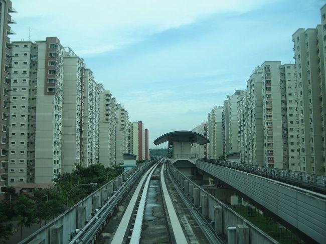 Một khu dân cư tại Singapore với các dãy cao ốc kéo dài ngút tầm mắt