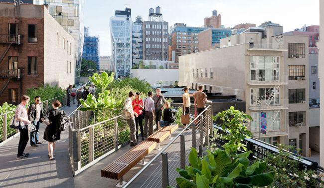 High Line - công viên ở trên cao của New York vốn là một tuyến đường sắt cũ không còn sử dụng.